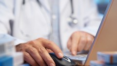 אינטראקציה ברשת בין רופא ומטופל