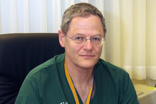 """פרופסור מיכאל גליקסון (צילום: בי""""ח שיבא בתל השומר)"""