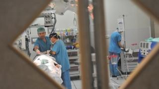 """חדר ניתוח ברמב""""ם (צילום: פיוטר פליטר / """"רמב""""ם"""")"""