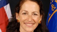 """ד""""ר מרגרט המבורג, ראשת ה-FDA הפורשת (מקור: ויקיפדיה)"""