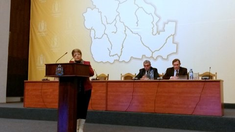 פרופ' צבס במהלך הרצאה (צילום: פרטי)