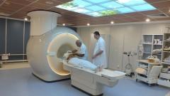 """מכשיר ה-MRI בבית החולים """"פוריה"""" בטבריה (צילום: """"פוריה"""")"""