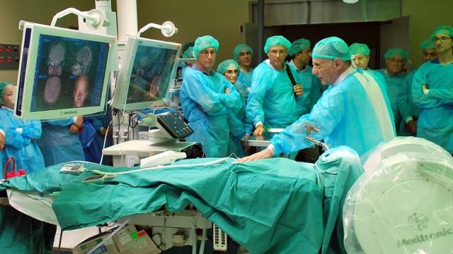 """חדר הניתוח החדש ב""""שניידר"""" (צילום: המרכז הרפואי """"שניידר"""")"""