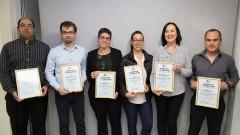 """הזוכים בפרסי המועצה המדעית של הר""""י לשנת 2016 (צילום: הר""""י)"""
