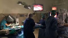 """ניתוח קיצור קיבה ב""""רמב""""ם"""" בעזרת הרובוט """"דה וינצ'י"""" (צילום: """"רמב""""ם"""")"""