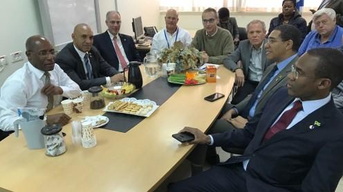 משלחת בראשות ראש ממשלת של ג'מייקה מבקרת בקורס ההכשרה לרישום קנאביס רפואי (צילום: משרד הבריאות)