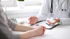 פגישה בין רופאה לחולה (צילום: אילוסטרציה)
