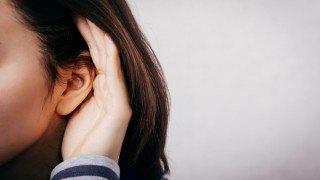 אובדן שמיעה בקרב נשים (צילום: אילוסטרציה)